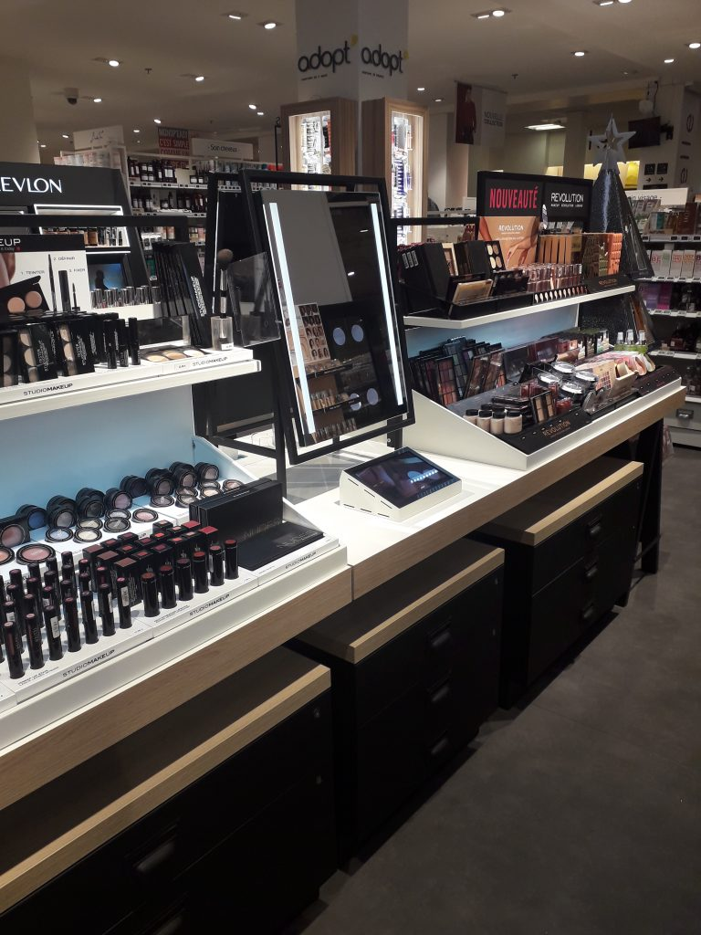 Monoprix Beauté Drugstore Retail Tour BaM Agence Retail Design 2