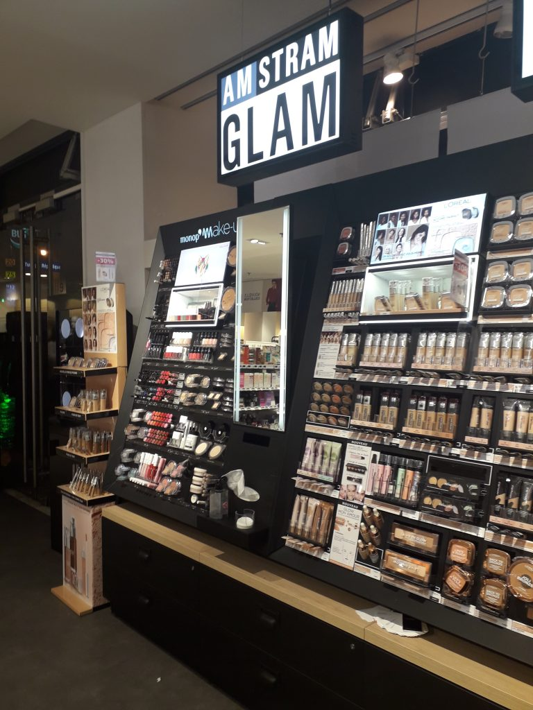 Monoprix Beauté Drugstore Retail Tour BaM Agence Retail Design 1